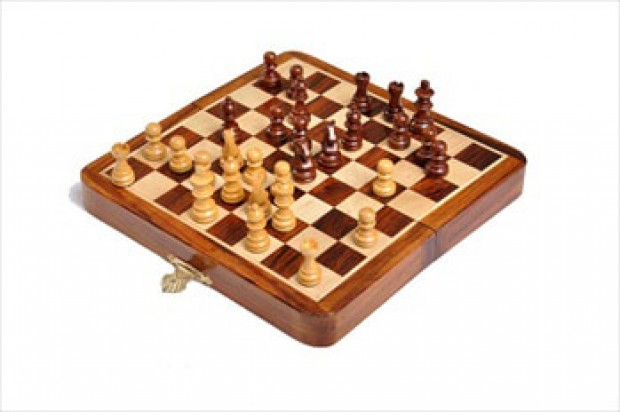 FOLDING WOODEN MAGNETIC Travel Chess Set - 5""