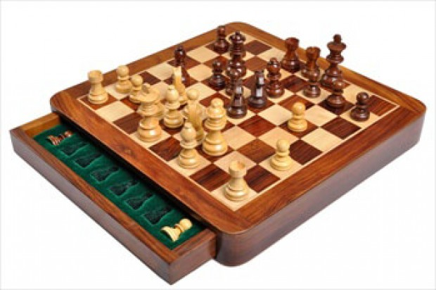 "WOODEN MAGNETIC Travel Chess Set - 12"" Square"